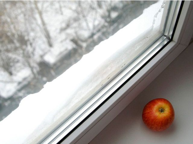 Какую «работу» выполняет окно в доме: трудно усидеть на нескольких стульях