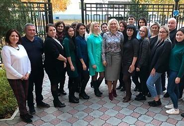 """Компания """"Консиб"""" вместе с VEKA Professional продолжает обучение персонала дилерской сети"""