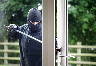 Пластиковое окно: на страже безопасности дома
