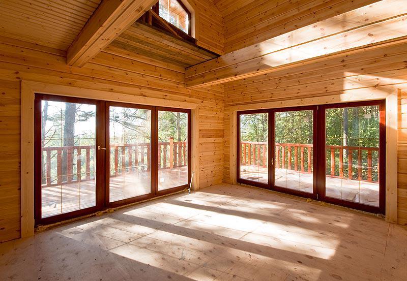 Панорамное остекление в деревянном доме