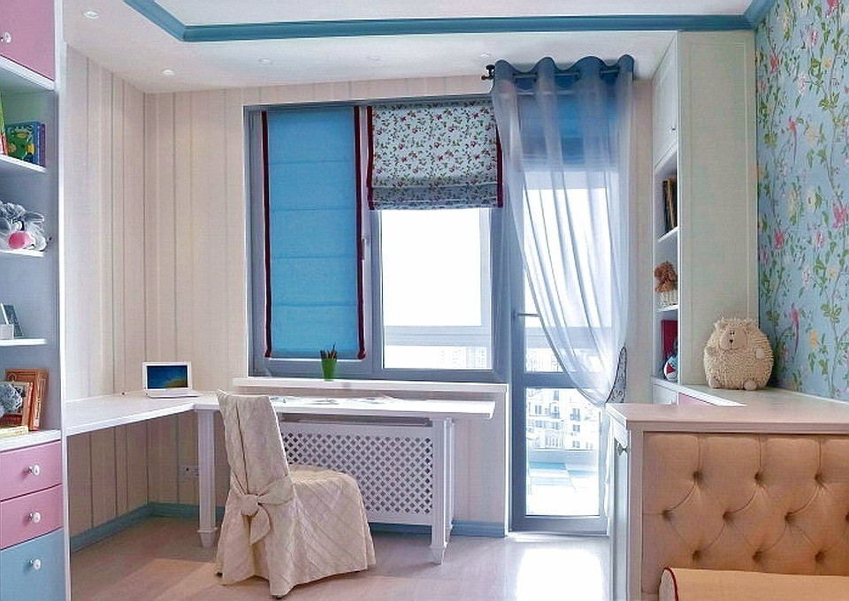 Сочетание различных декоративных элементов на одном окне